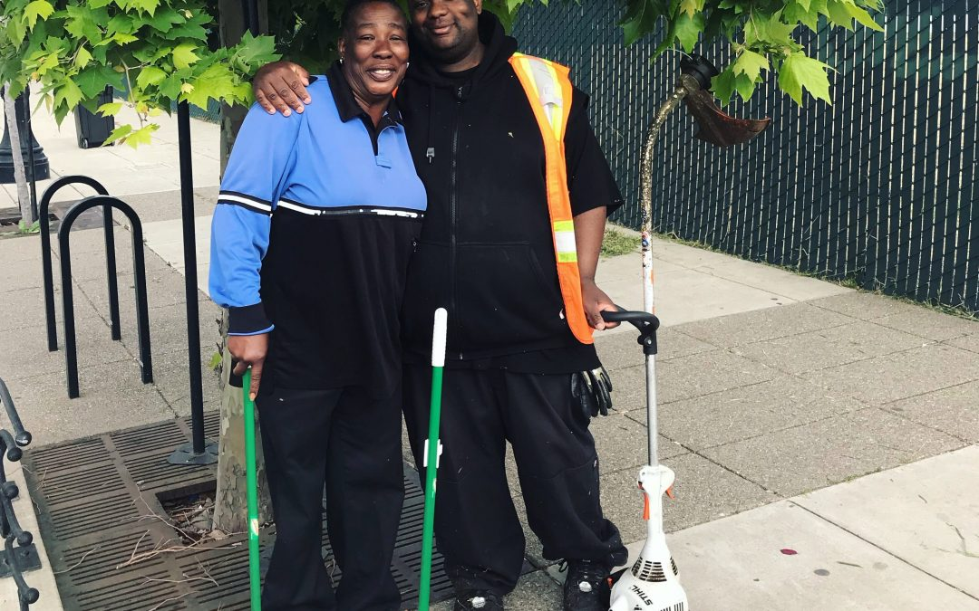 Neighborhood Ambassadors Tackle Spring Cleaning in Downtown